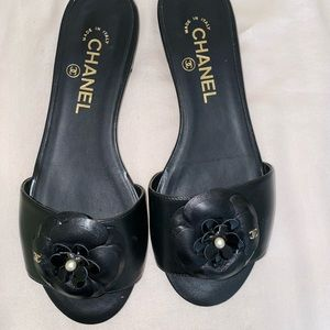Chanel sandals size 37 black with Camilla flower